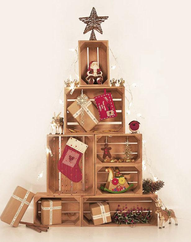 24 adventných nápadov na dekorácie z drevených debničiek